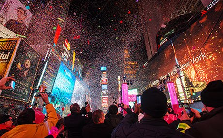 05_NewYearsEve2015_JS_460x285